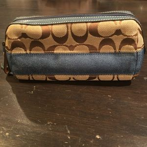 COACH signature C small cosmetic pouch